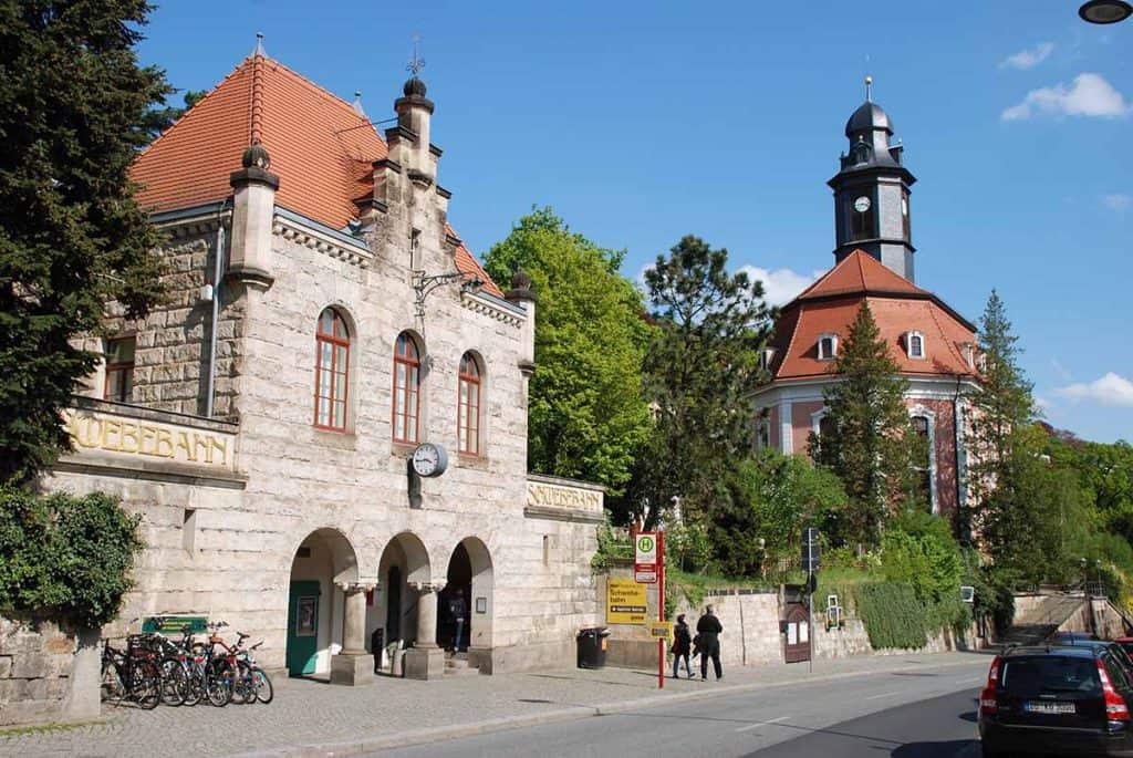 Loschwitzer Kirche und Schwebebahn